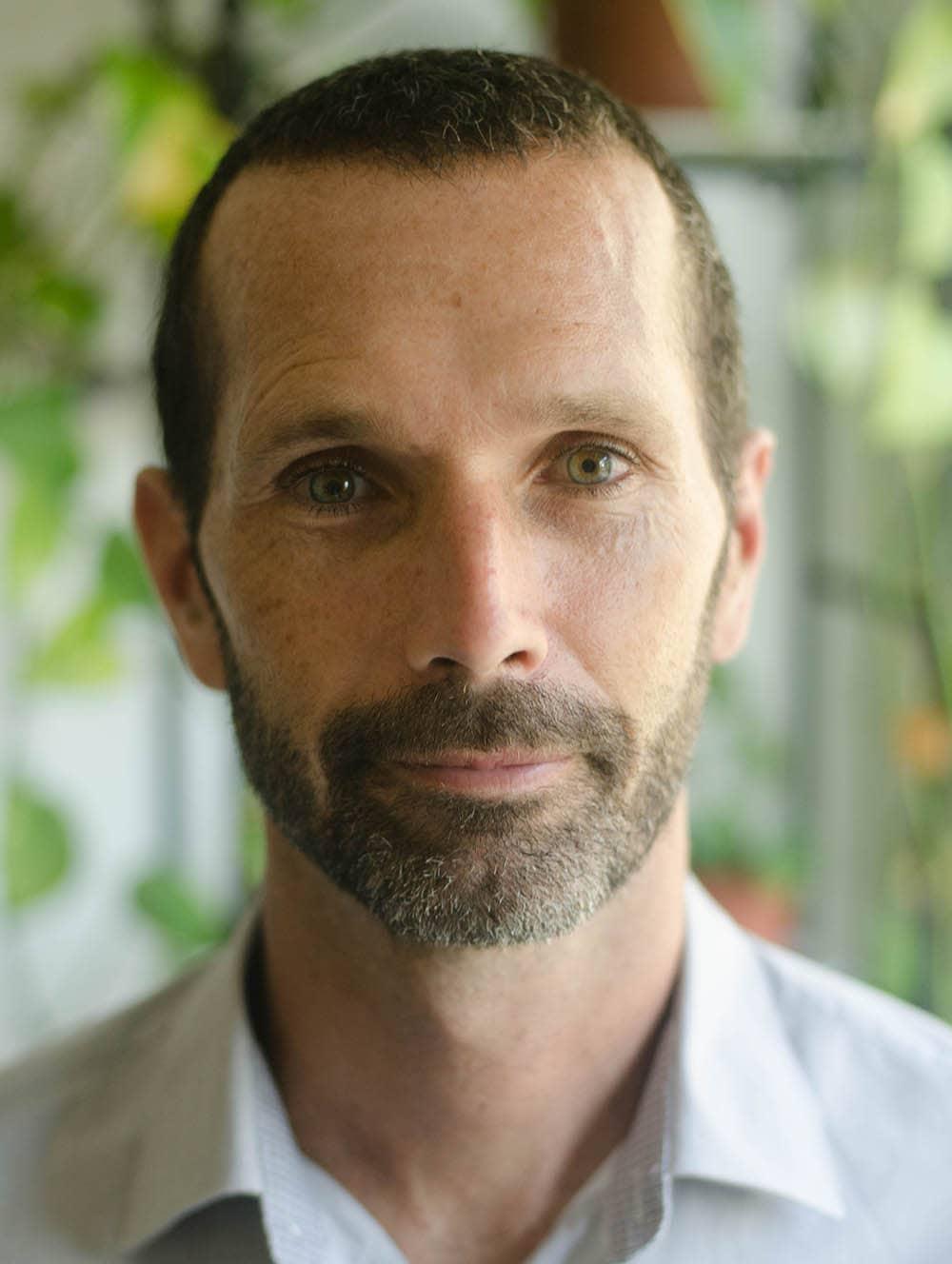 J. Alfredo González - Instructor de Mindfulness
